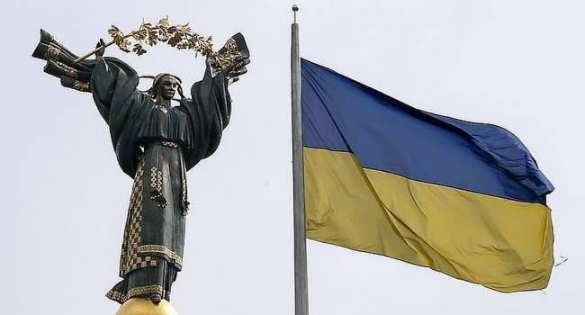 «Это решение было принято не от хорошей жизни»: Головачев утверждает, что Запад был вынужден взять Украину под внешнее управление