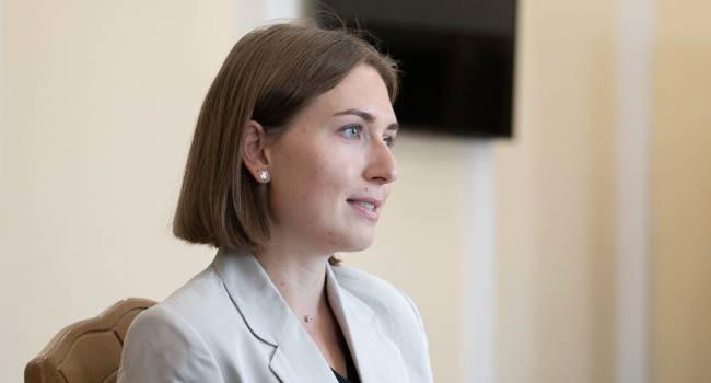 «А сама получила 55 тысяч»: юрист прокомментировал заявление Новосад о невозможности повысить зарплату учителям