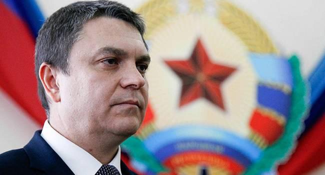 Політолог: по ситуації в Луганську Україні слід терміново відкрити кримінальні впровадження і звернутися до міжнародного співтовариства