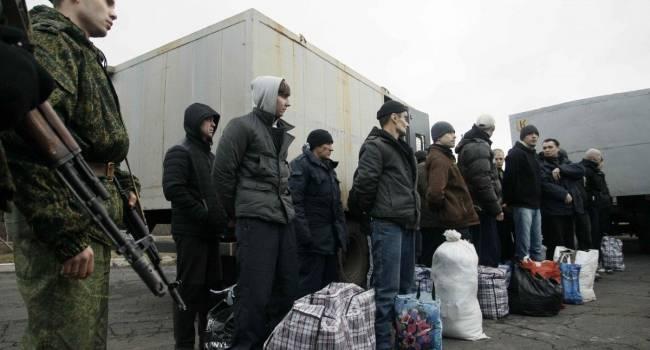«Реалії життя в ОРДЛО»: 40 полонених погодились відбути термін покарання в Україні, аніж повертатися в «ЛДНР»