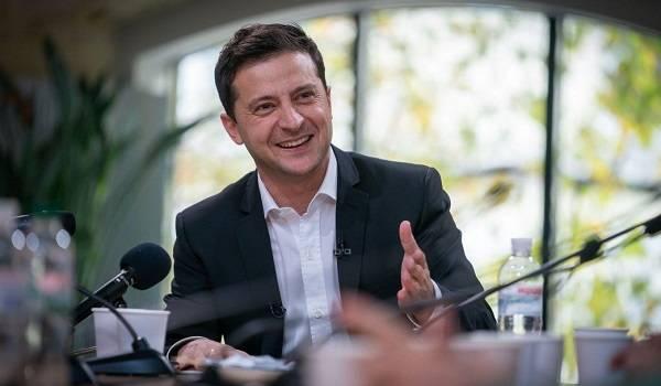 Зеленский стал политиком года среди украинцев, а освобождение моряков назвали событием года