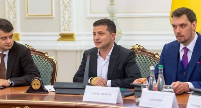 Давыденко: за тысячелетнюю историю Украины у нас было многое, но, чтобы профицитный бюджет спустить за полгода – это впервые