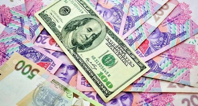 «Готовится, следует к негативному сценарию»: Головнев предупредил о резком росте курса доллара сразу после новогодних праздников