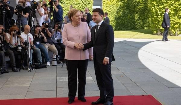 У Меркель нет обиды на слова о ней в разговоре Зеленского и Трампа – Пристайко
