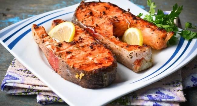 Не только мясо: рецепт рыбных стейков на Новый год