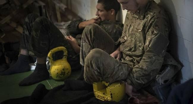 «Их там просто убивали»: Освобожденный из плена блогер рассказал об ужасах пыток в плену «ЛДНР»