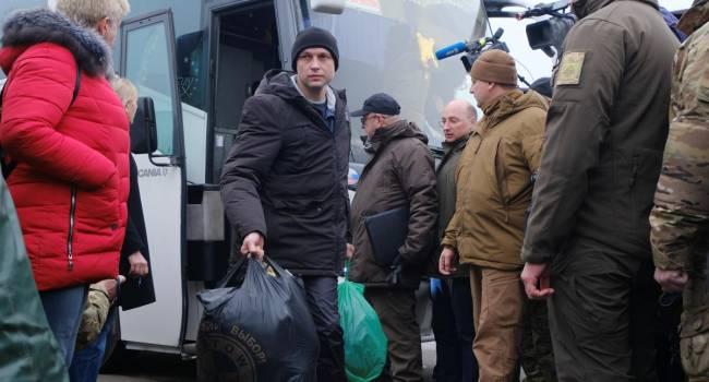 «Мы 5 лет этого не видели»: политолог рассказал о переговорном процессе между Киевом и Донбассом