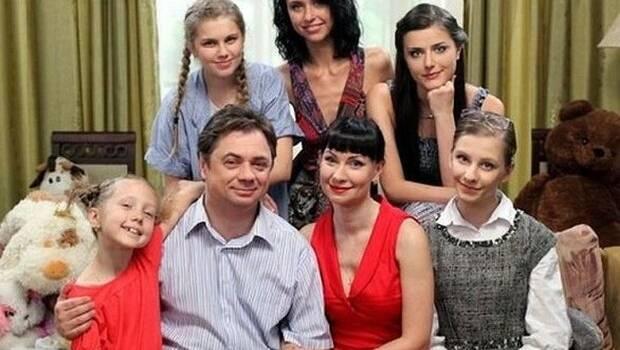 «Сама нежность»: звезда сериала «Папины дочки» восхитила сеть новой фотографией, показав лицо вблизи