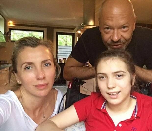 Стало известно, как сейчас выглядит особенная дочь Федора Бондарчука