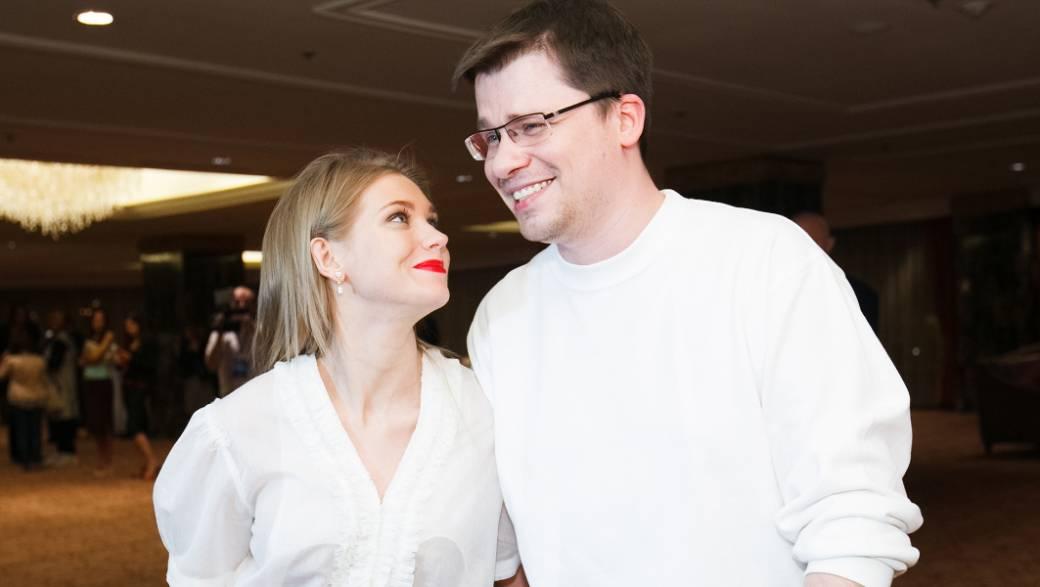 «Зря, Гарик, ты выставил этот пост с Кристиной»: Харламов поделился трогательной публикацией, посвятив ее дочери