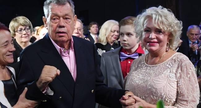 «Мы будем бороться. Уже есть маленькое улучшение, но я не могу не плакать»: племянница вдовы Караченцова находится в коме из-за менингита