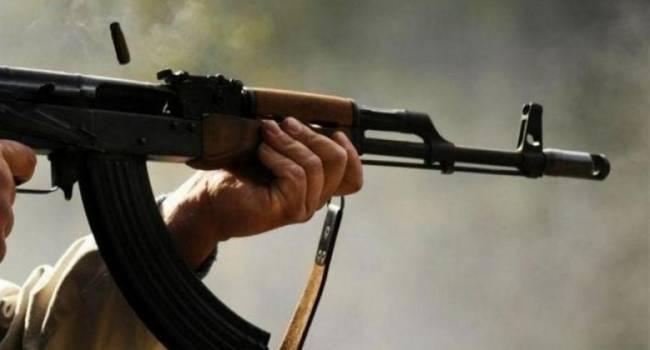 Члены НВФ начали грабить продуктовые магазины в Горловке со стрельбой