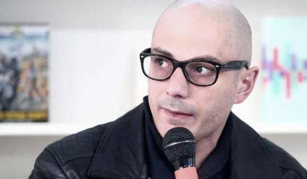 «Изящно кинул вас всех»: российский политолог прокомментировал отмену депутатской неприкосновенности в Украине