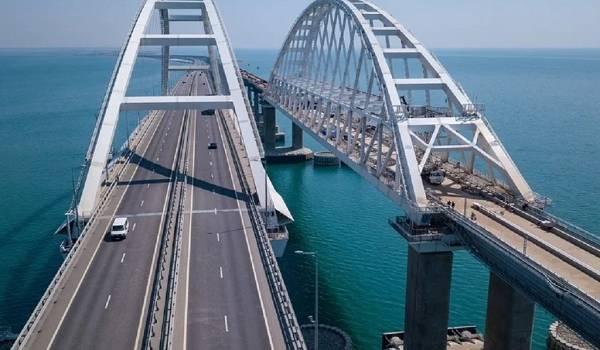 Полупустые поезда: хваленый Крымский мост не оправдал надежд оккупационных властей