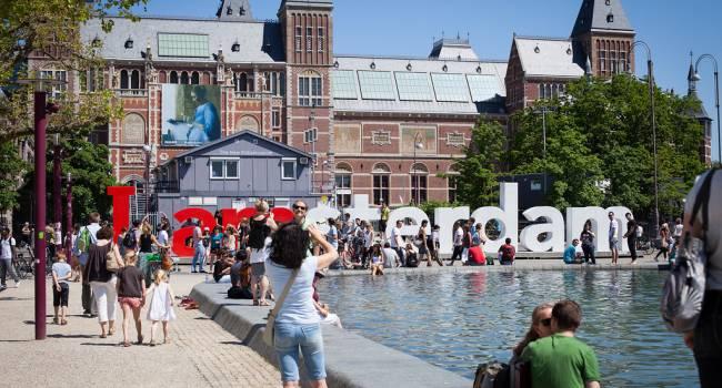 Обдираловка: власти Амстердама вели крупный туристический налог