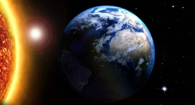«Вот почему так тепло»: специалист рассказал о последствиях сближения Земли и Солнца