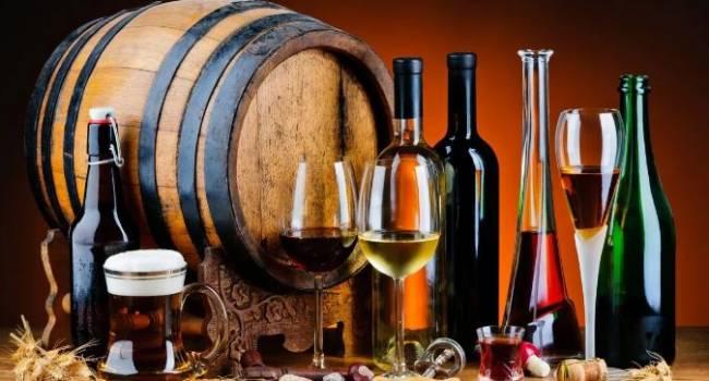 Львиная часть бюджета: в Госстате рассказали, какую сумму украинцы тратят на алкоголь