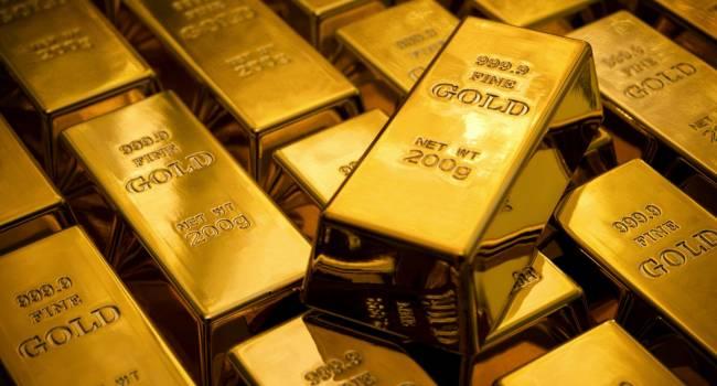 Из-за роста напряженности в ближневосточном регионе цены на золото обновили шестилетний максимум