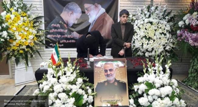 Похороны завершились трагедией: увеличивается число жертв давки на прощании с Сулеймани