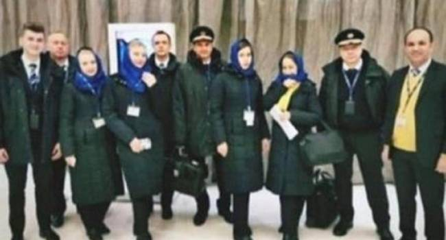 В Интернете опубликовали фото экипажа рейса PS 752