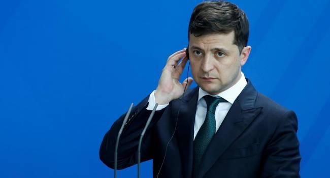 В Украине есть президент, как высшее должностное лицо, но нет реального лидера, на которого украинцы могли бы положиться в любой ситуации - мнение