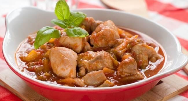 Вкусные мясные блюда: рецепт традиционного гуляша по-венгерски