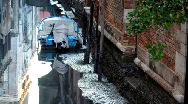 Сначала наводнение, теперь засуха: Венеция столкнулась с еще одной проблемой