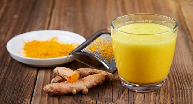 Помогут сок и куркума: диетолог рассказала, как очистить организм после праздников