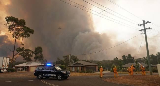 Бедствие в Австралии: в Мельбурне жители не выходят из дома из-за лесных пожаров