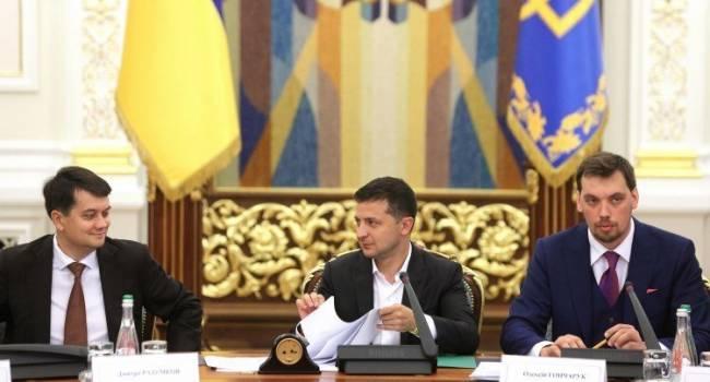 Богданов: адекватные зарплаты депутатам и госслужащим должны быть
