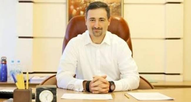 Эксперт: зарплата начальника почты США – 300 тыс долларов в год, зарплата директора «Укрпочты» Смилянского – около 1 млн в год