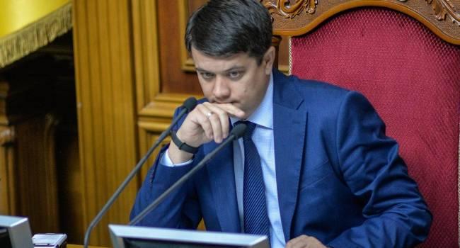Олешко: в «Слуге народа» так и не решились пожертвовать рейтингом и сделать то, что должны были сделать депутаты разных созывов