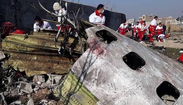 «Падение горящего авиалайнера»: Обнародовано новое видео ракетного удара по самолету МАУ в Иране