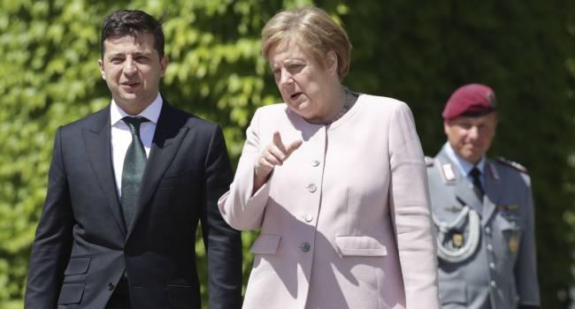 Каждый второй день на фронте погибшие и раненые, а Зеленский обещает Меркель «разведение войск» еще на 3 участках, – политолог