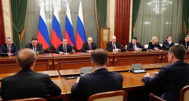 «Буде нова, потужна ескалація»: Блогер розповів, для чого Путіну термінова відставка уряду Росії