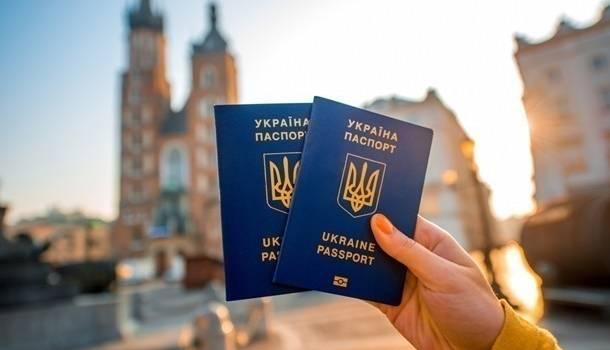 «Безвиз и бесплатный сыр отменили!» Новые условия въезда в Европу для украинцев: теперь за деньги