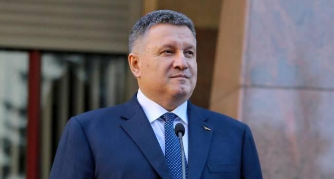Богданов объяснил, почему без Авакова провокации против Гончарука не было бы