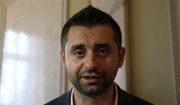 «Находился в кабинете президента»: всплыл новый факт о скандальных записях Гончарука