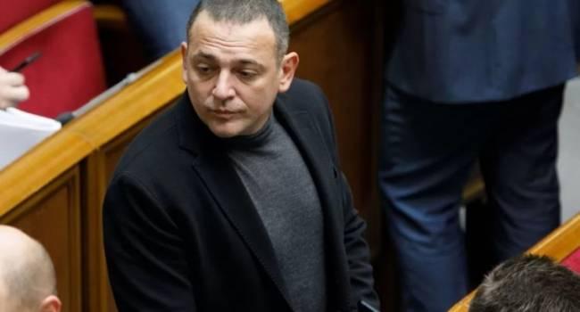 «Насчет компетентности премьера иллюзий ни у кого не было»: Бужанский заявил, что у фракции «Слуги народа» есть много вопросов к Гончаруку