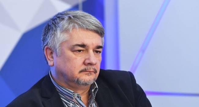 «Своровать и то проблема»: политолог прокомментировал огромные премии чиновников