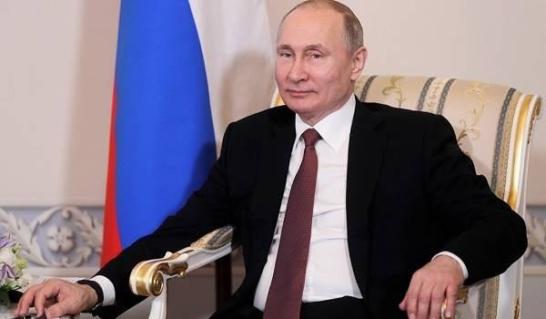 Будет править вечно: в РФ указали на хитрый план Путина
