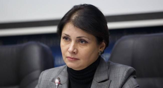 «Этот человек никогда не жил на зарплату госслужащего»: Фриз объяснила, почему Гончарук одобрил повышение заработных плат чиновникам