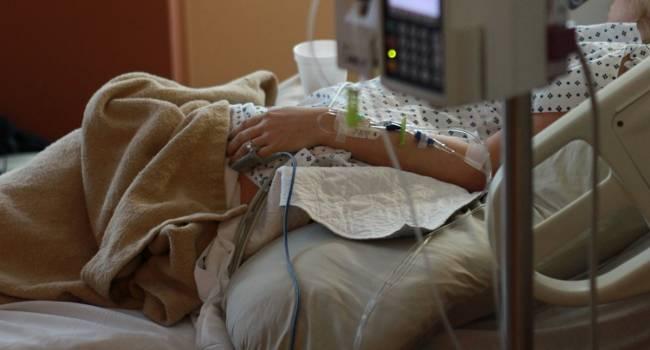 Вспышка опасной пневмонии в Китае: число заболевших рекордно выросло