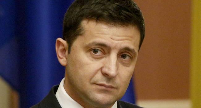 Зеленский выглядит слабым, и уже ни на что не влияющим посмешищем, а правительство вытирает ноги о президента - Скубченко