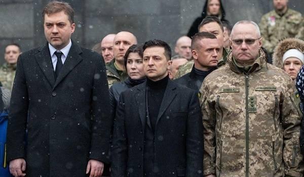 Президент Зеленский почтил память защитников Донецкого аэропорта