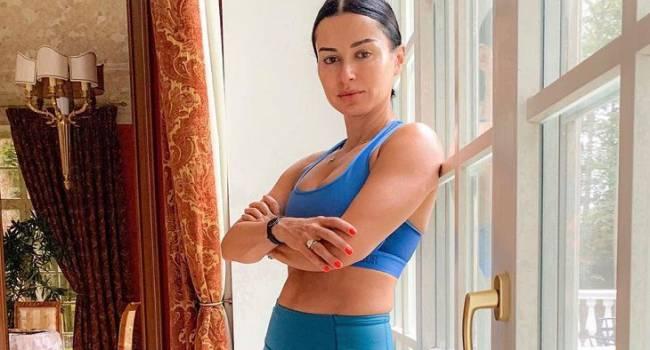 «Моя программа питания слишком дорога для того, чтобы ей следовать»: Тина Канделаки рассказала, что кушает, что бы всегда быть в форме