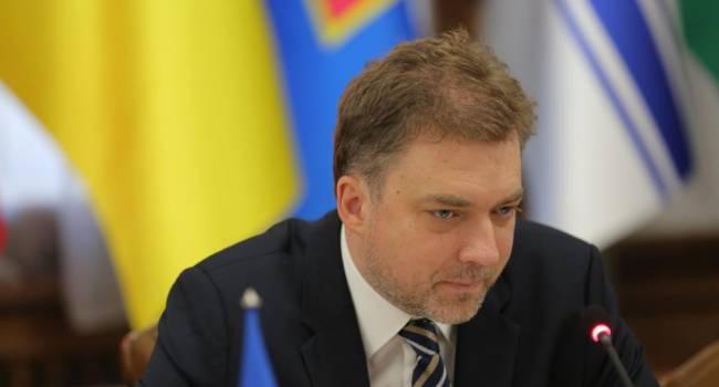 Полного разведения войск на Донбассе категорически нельзя допускать – Загороднюк