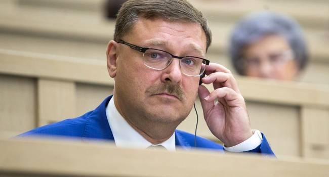 «Попал в цель»: в России прокомментировали реакцию Запада на изменения в конституцию РФ