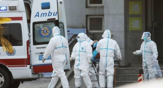«Вернемся в Средневековье»: известный врач эмоционально отреагировал на вспышку коронавируса в Китае