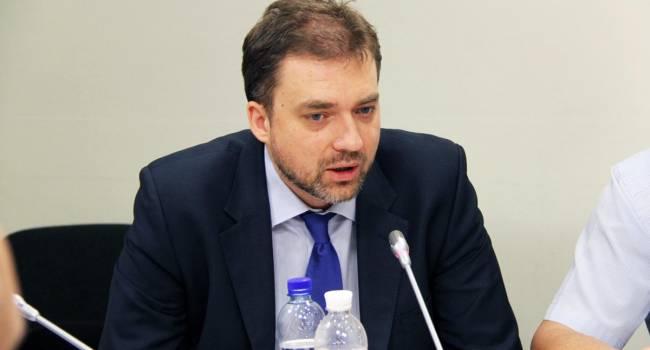 Разведение войск по всей линии разграничения на Донбассе противоречит минским договоренностям - Загороднюк